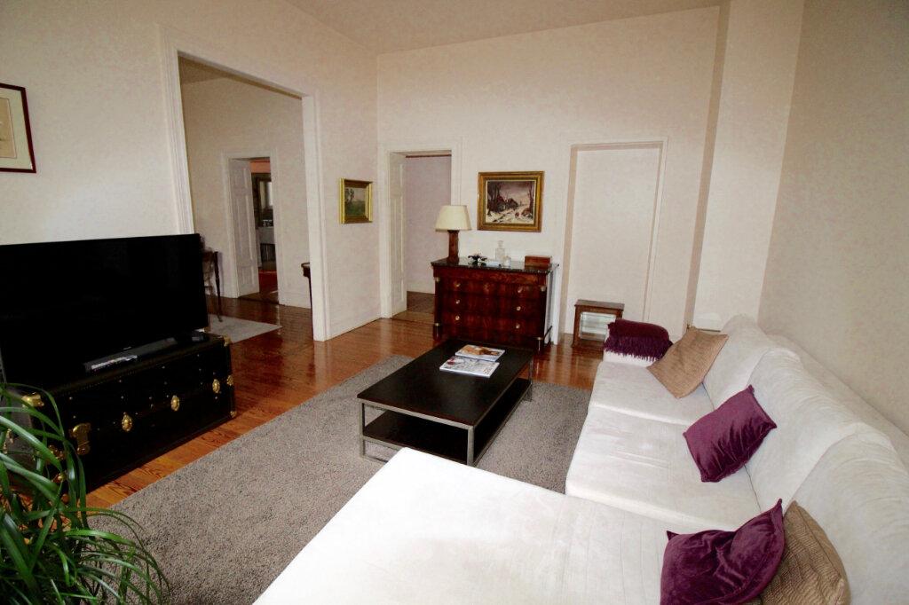 Appartement à louer 4 91.1m2 à Strasbourg vignette-3