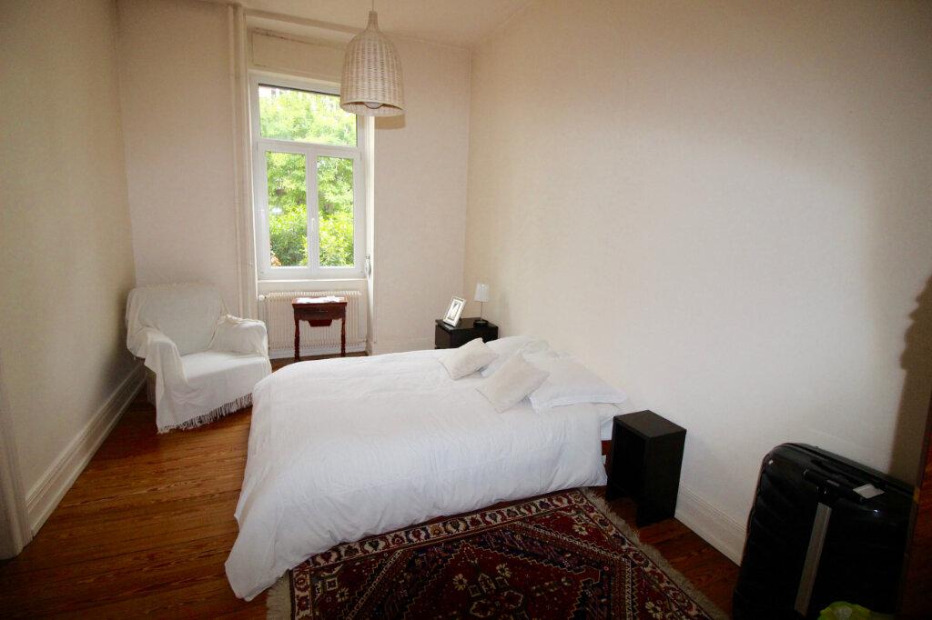 Appartement à louer 4 91.1m2 à Strasbourg vignette-8