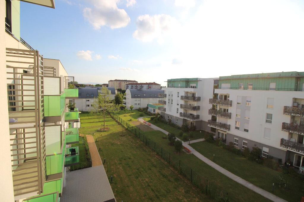Appartement à louer 2 37.77m2 à Oberhausbergen vignette-5