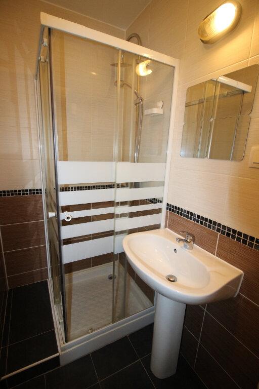 Appartement à louer 1 17.25m2 à Strasbourg vignette-4