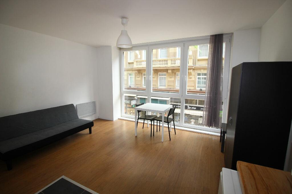 Appartement à louer 1 23m2 à Strasbourg vignette-1