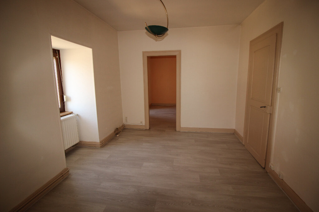 Appartement à louer 3 55m2 à Schiltigheim vignette-2