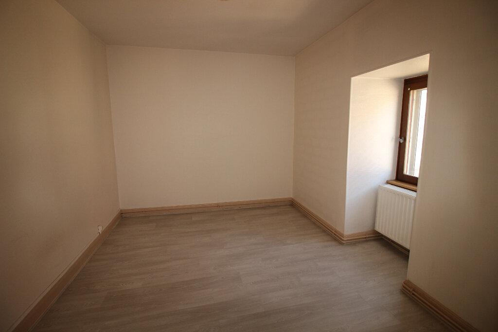 Appartement à louer 3 55m2 à Schiltigheim vignette-3