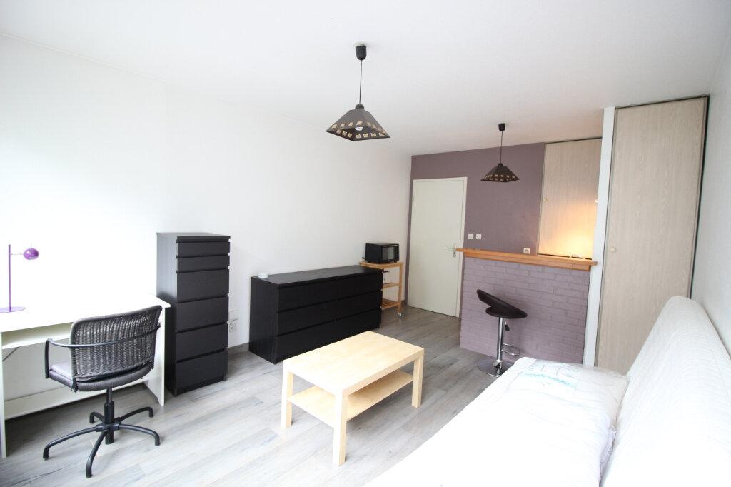 Appartement à louer 1 23.23m2 à Strasbourg vignette-1