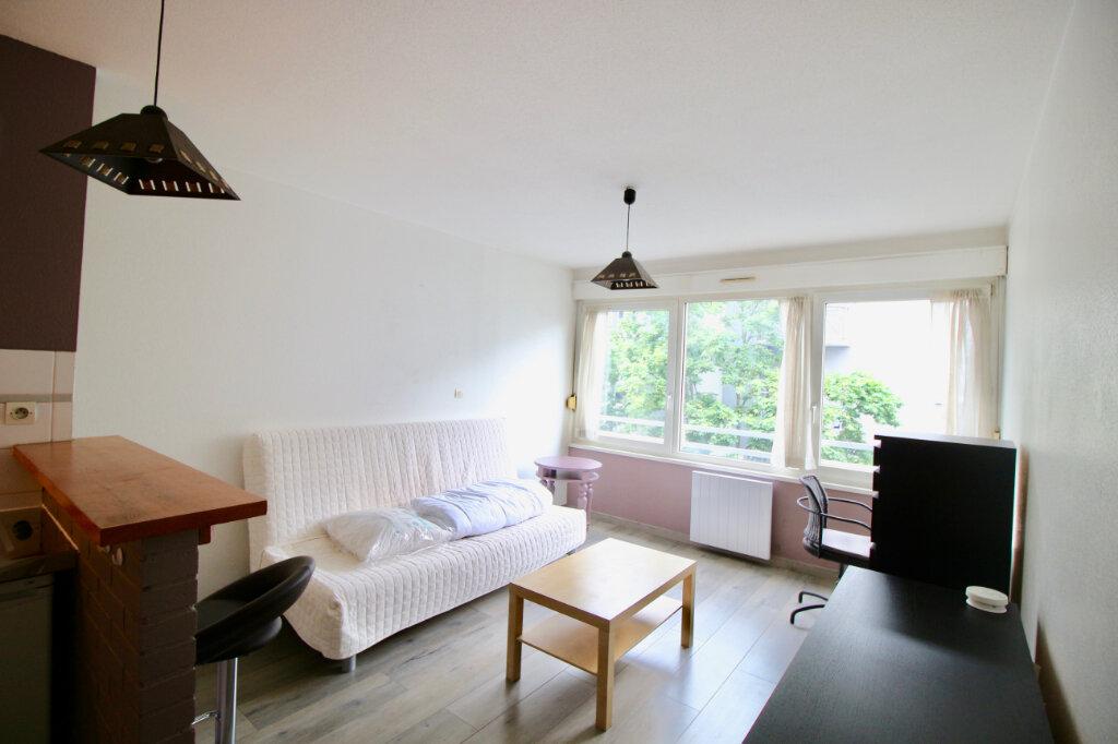 Appartement à louer 1 23.23m2 à Strasbourg vignette-2