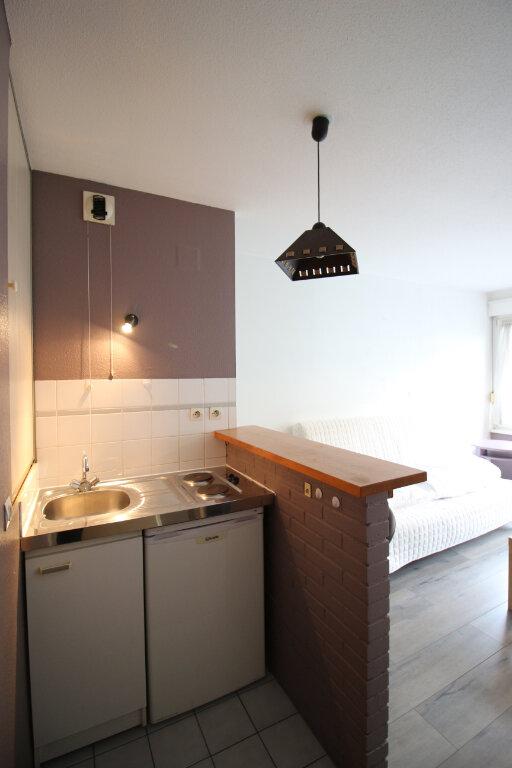 Appartement à louer 1 23.23m2 à Strasbourg vignette-3