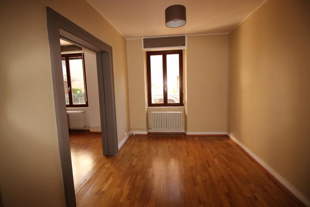 Appartement à louer 3 60m2 à Schiltigheim vignette-3