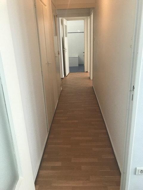 Appartement à louer 2 56.63m2 à Strasbourg vignette-4