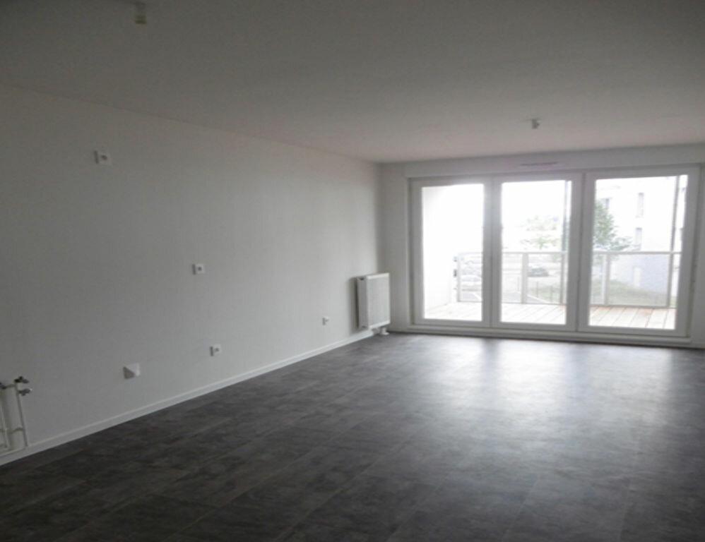 Appartement à louer 2 42.94m2 à Strasbourg vignette-4