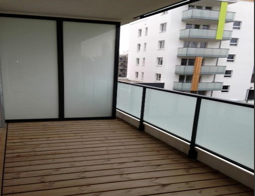 Appartement à louer 3 61.25m2 à Lingolsheim vignette-1