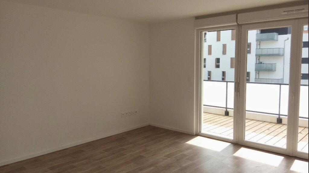 Appartement à louer 3 61.25m2 à Lingolsheim vignette-4