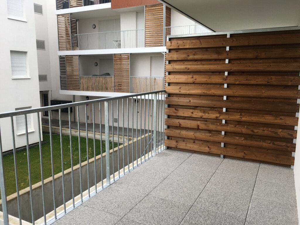 Appartement à louer 3 60.6m2 à Strasbourg vignette-1