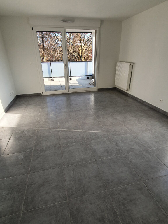 Appartement à louer 2 43m2 à Lingolsheim vignette-1