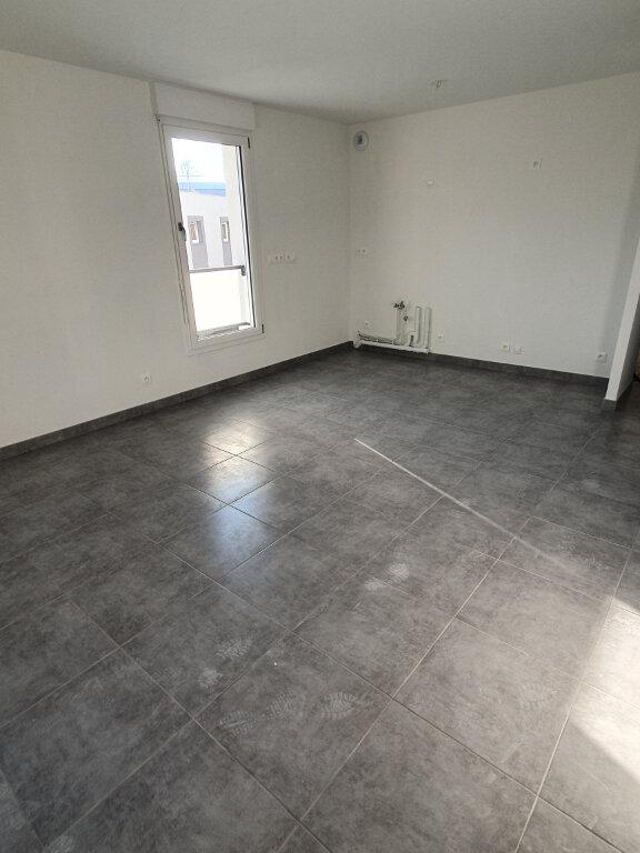 Appartement à louer 2 43m2 à Lingolsheim vignette-2