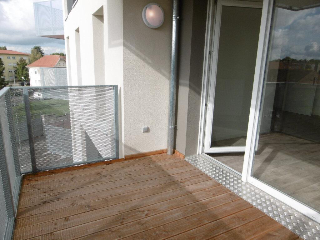 Appartement à louer 3 62.26m2 à Strasbourg vignette-2