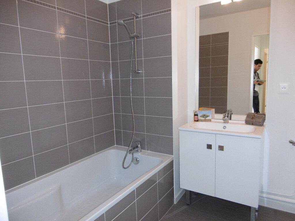 Appartement à louer 3 62.26m2 à Strasbourg vignette-5