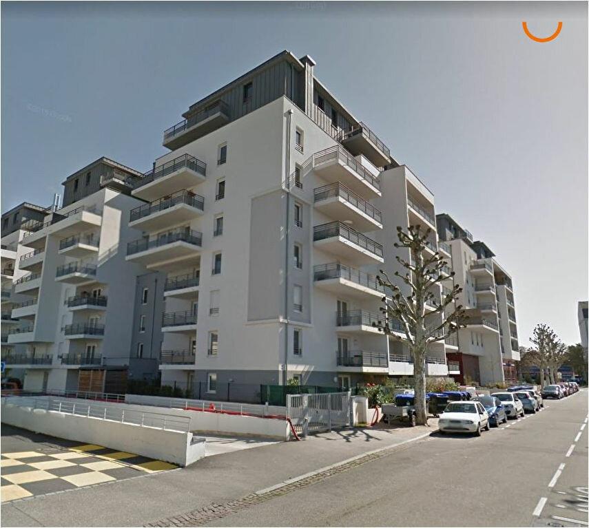 Appartement à louer 3 65.2m2 à Strasbourg vignette-1