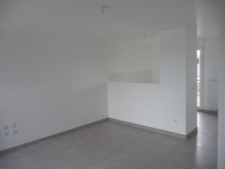 Appartement à louer 3 65.2m2 à Strasbourg vignette-2