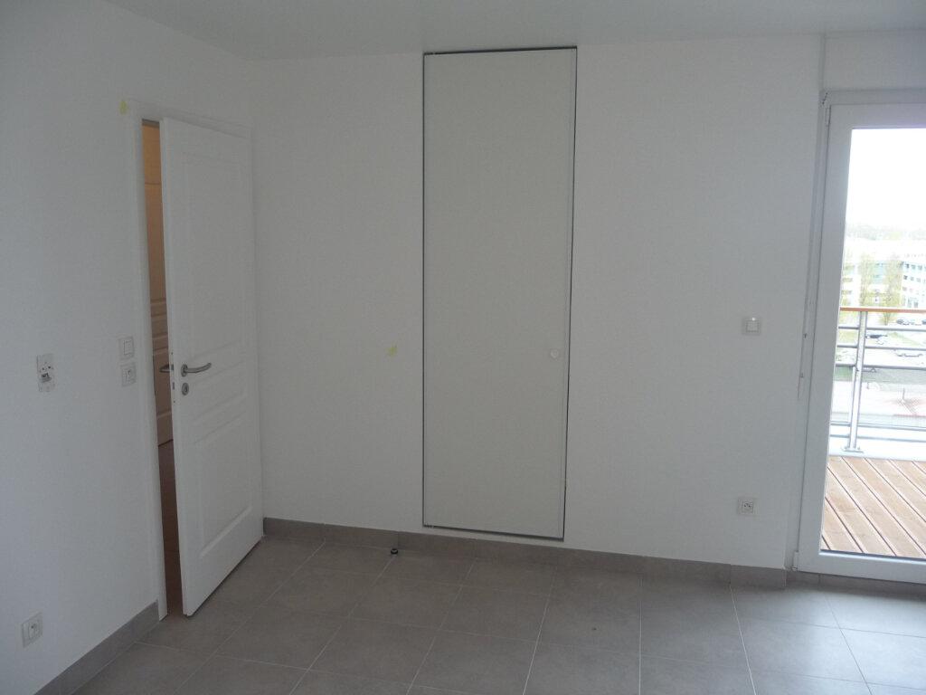 Appartement à louer 3 65.2m2 à Strasbourg vignette-5