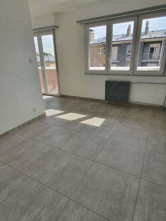 Appartement à louer 2 41.31m2 à Strasbourg vignette-4