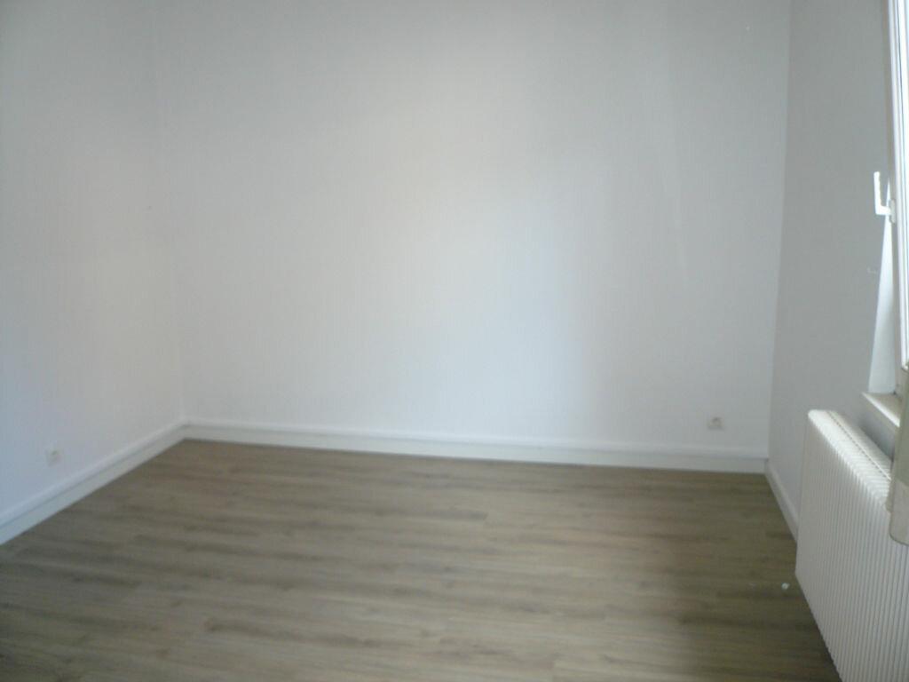 Appartement à louer 2 39m2 à Strasbourg vignette-3