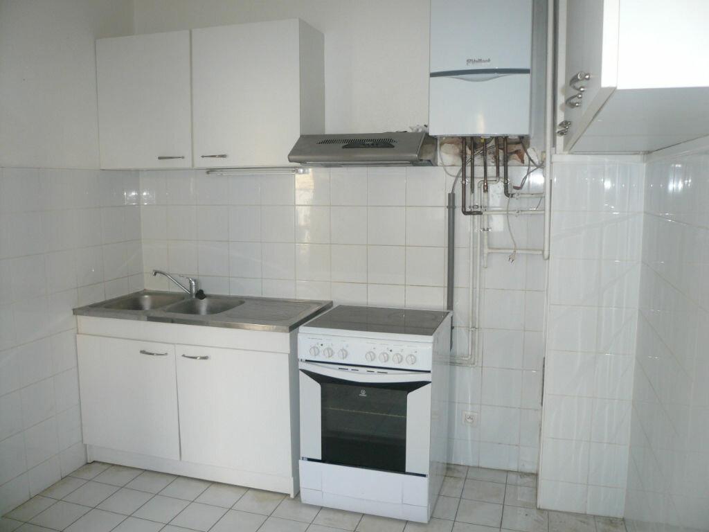 Appartement à louer 2 39m2 à Strasbourg vignette-4