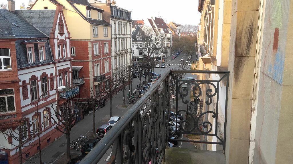 Appartement à louer 6 157.3m2 à Strasbourg vignette-2