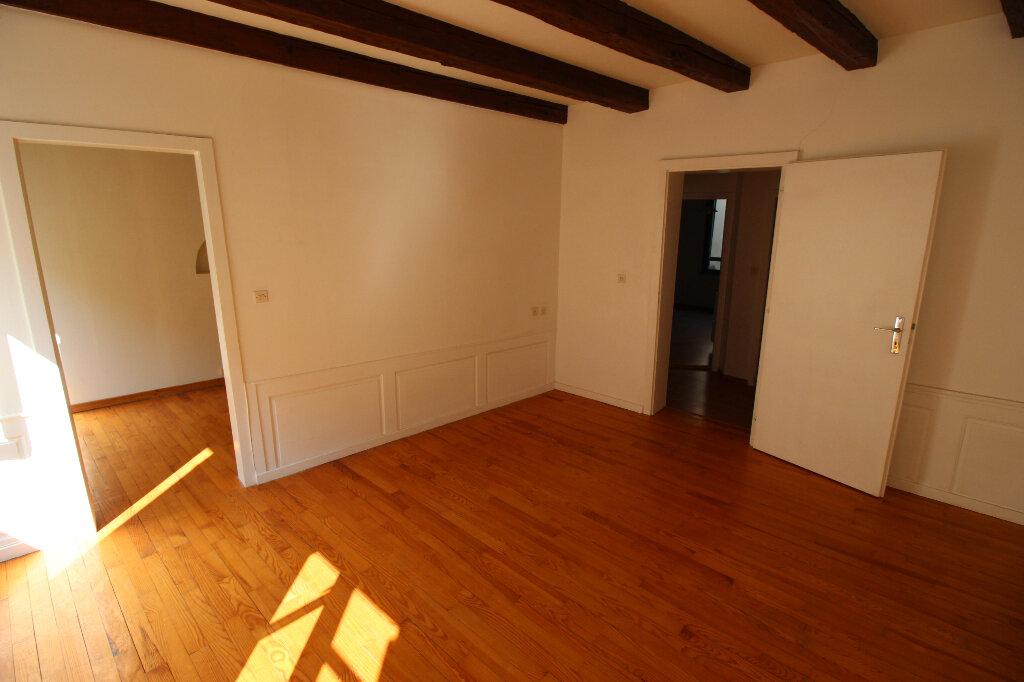 Appartement à louer 2 53.5m2 à Strasbourg vignette-1