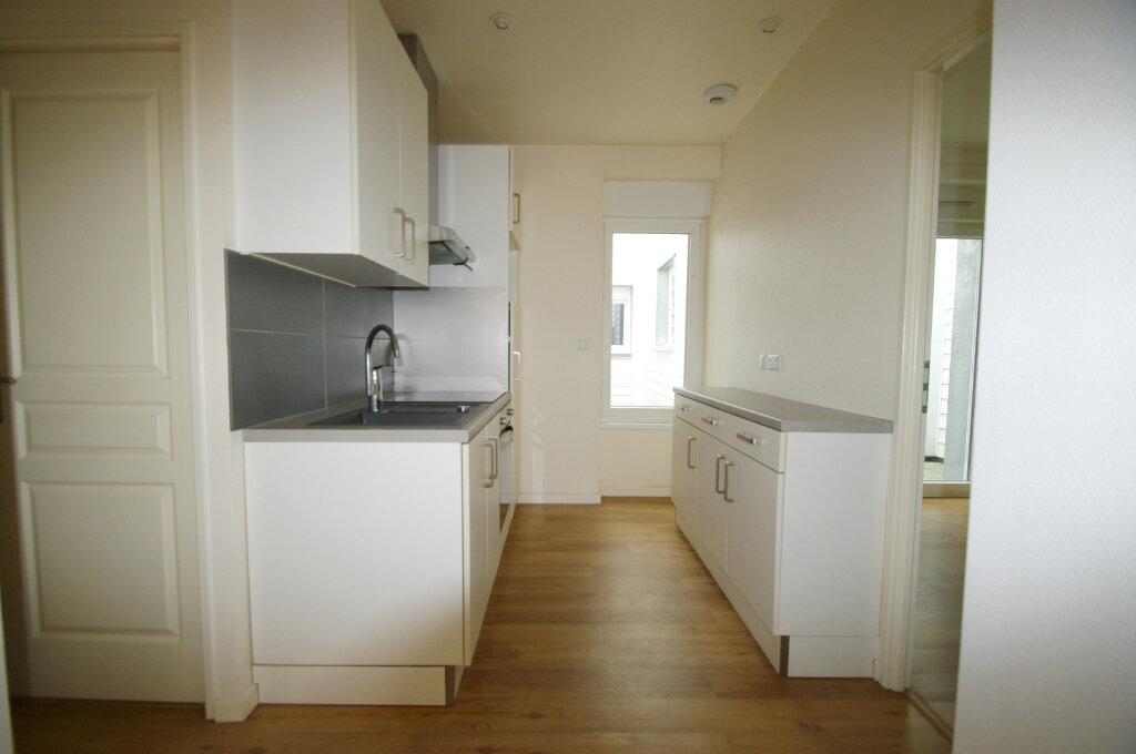 Appartement à louer 2 40m2 à Senones vignette-2