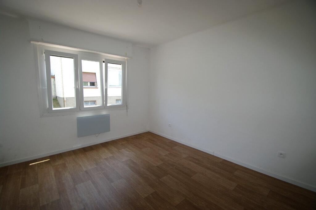 Appartement à louer 4 83m2 à Rothau vignette-4