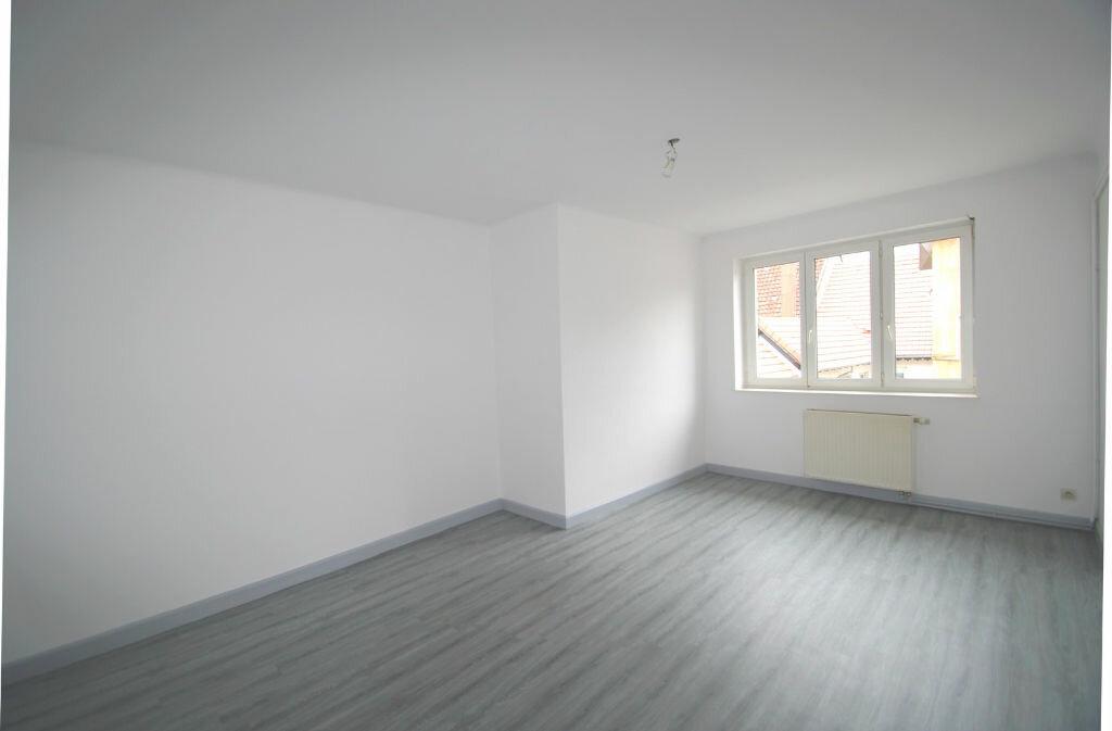 Appartement à louer 2 61m2 à Schirmeck vignette-1