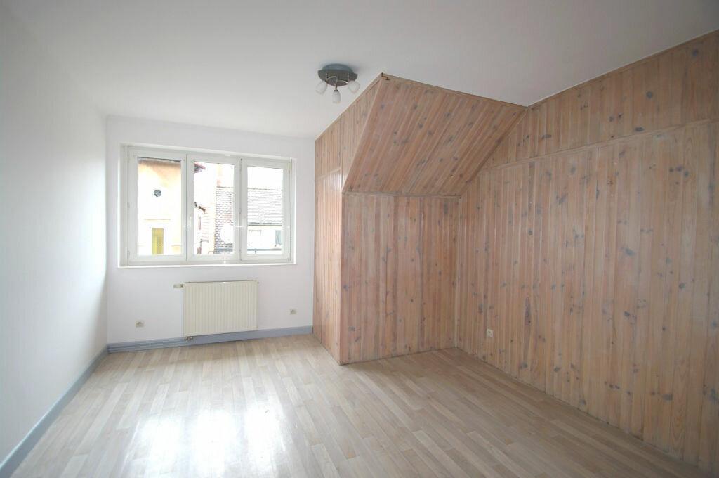 Appartement à louer 2 61m2 à Schirmeck vignette-3