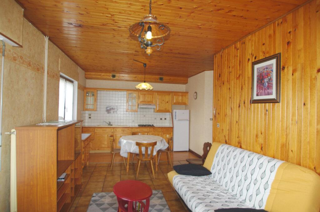 Appartement à louer 2 46m2 à Bourg-Bruche vignette-1