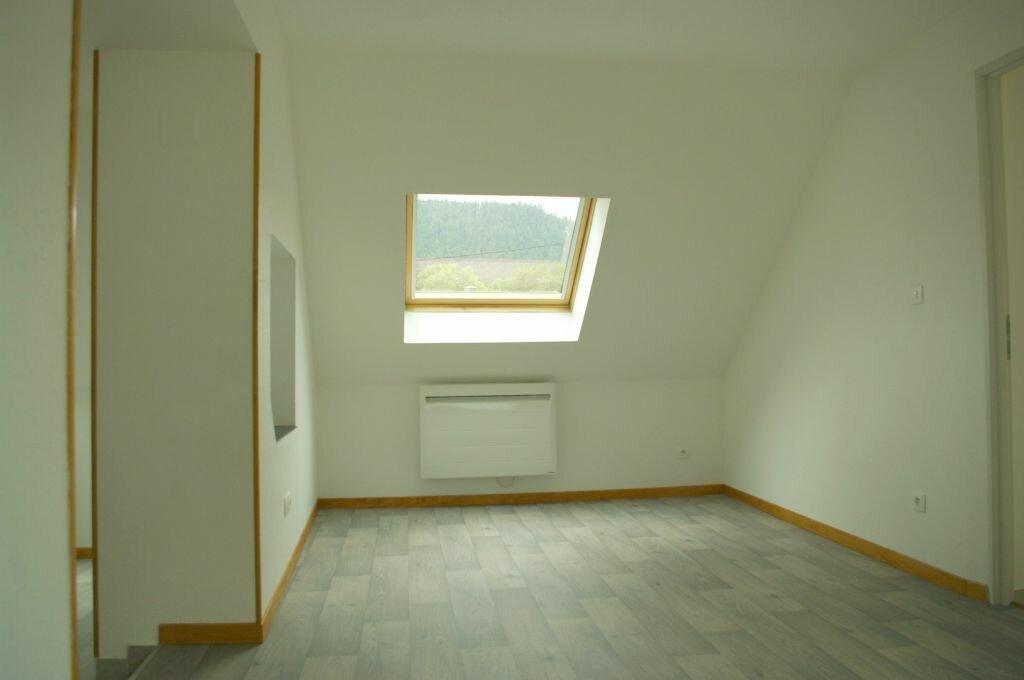 Appartement à louer 3 50m2 à Bourg-Bruche vignette-1