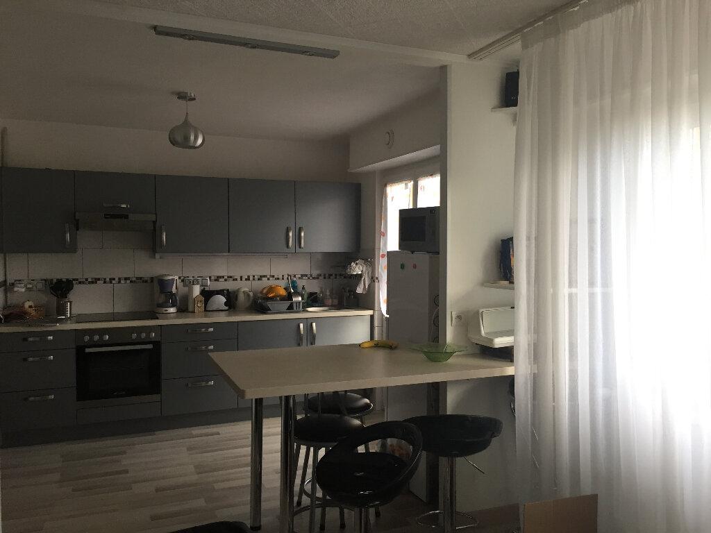 Appartement à louer 2 59m2 à Riedisheim vignette-1