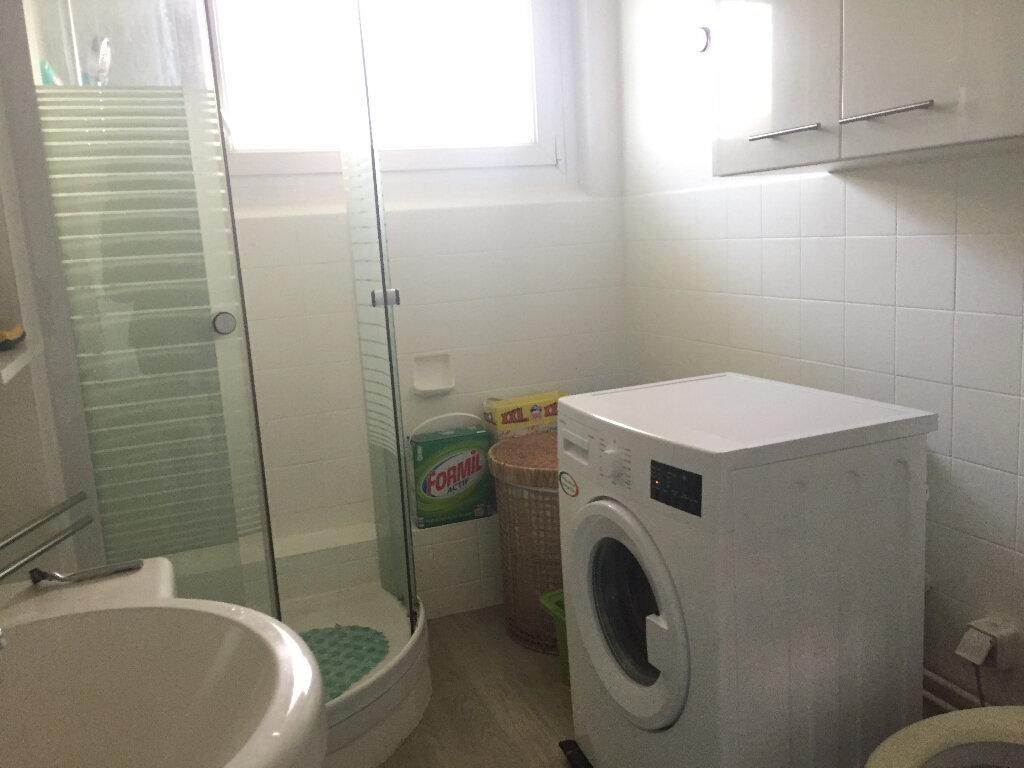 Appartement à louer 2 59m2 à Riedisheim vignette-4