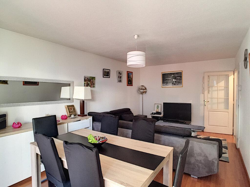 Appartement à vendre 3 69m2 à Colmar vignette-2