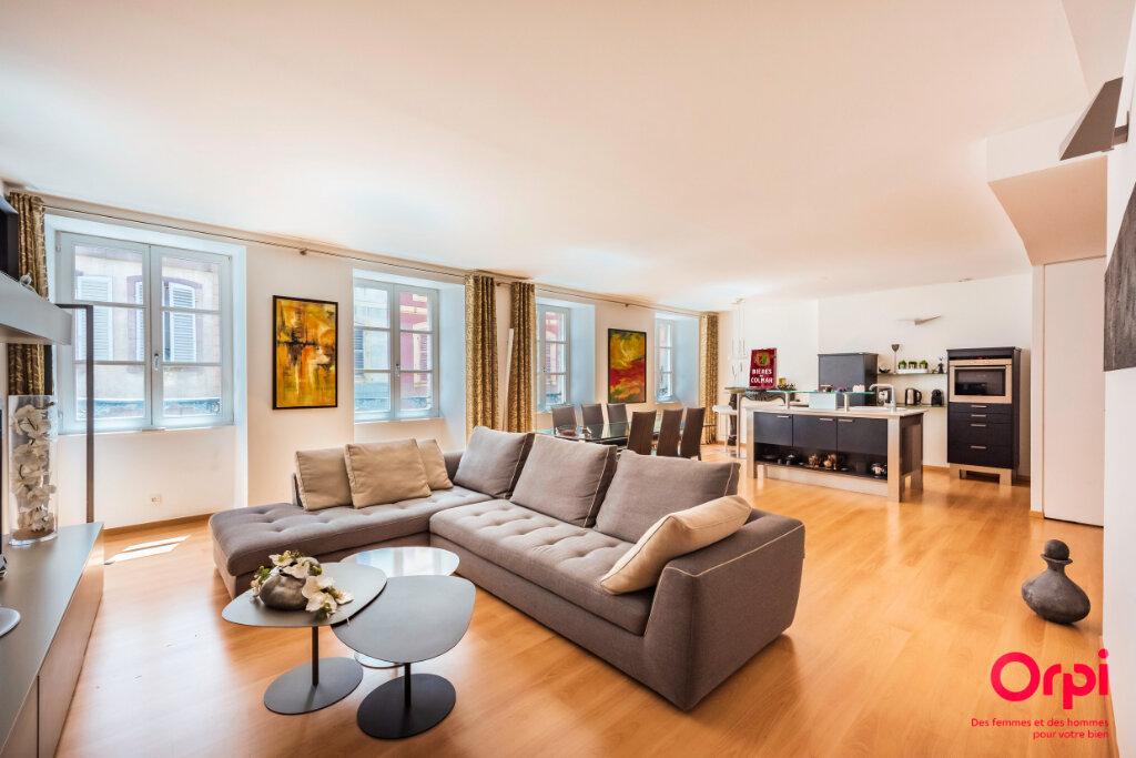 Appartement à vendre 5 120m2 à Colmar vignette-1