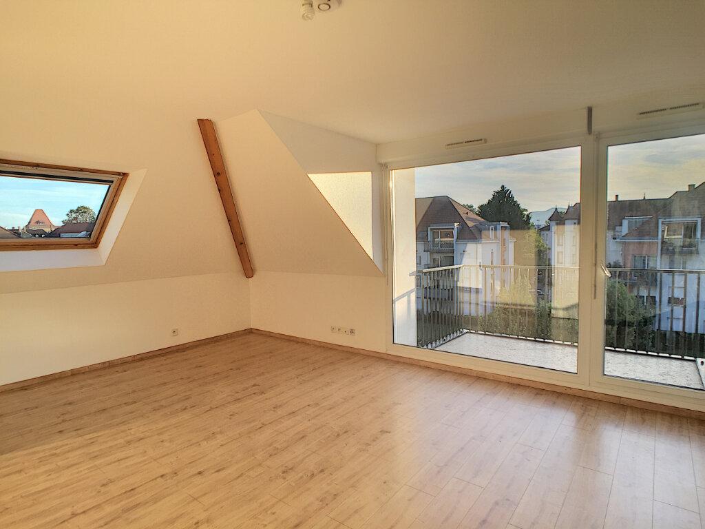 Appartement à vendre 3 55m2 à Colmar vignette-2