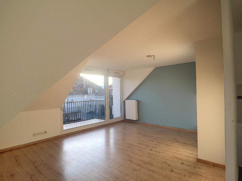 Appartement à vendre 3 55m2 à Colmar vignette-3