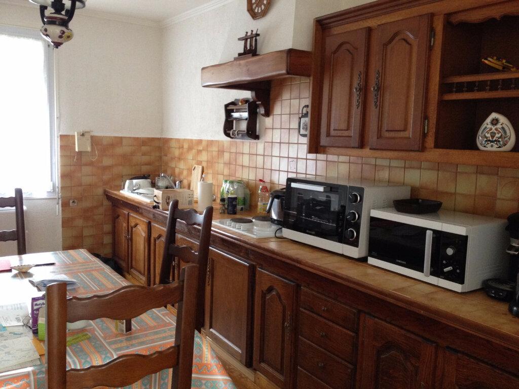 Maison à vendre 7 113m2 à Perros-Guirec vignette-4