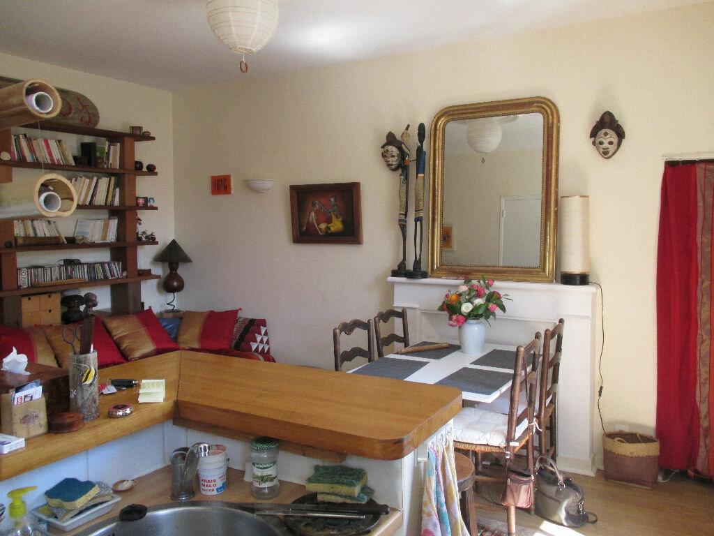 Appartement à louer 2 31.42m2 à Lannion vignette-1