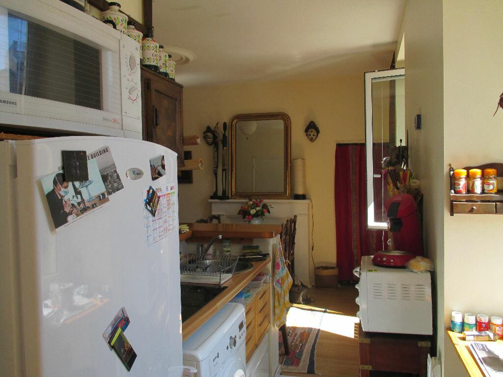 Appartement à louer 2 31.42m2 à Lannion vignette-2