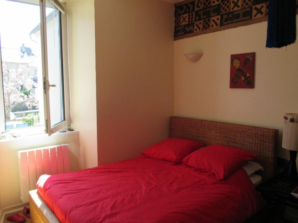 Appartement à louer 2 31.42m2 à Lannion vignette-3