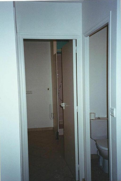 Appartement à louer 2 38.03m2 à Ploubezre vignette-8