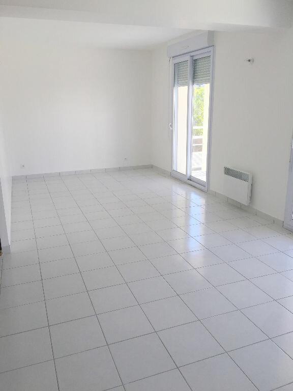 Appartement à louer 3 85.43m2 à Perros-Guirec vignette-5