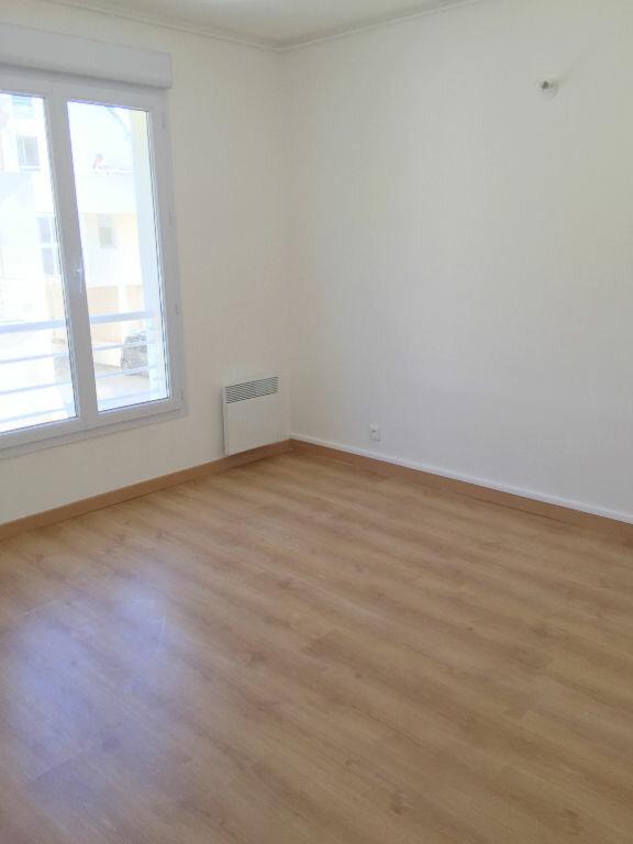 Appartement à louer 3 85.43m2 à Perros-Guirec vignette-8