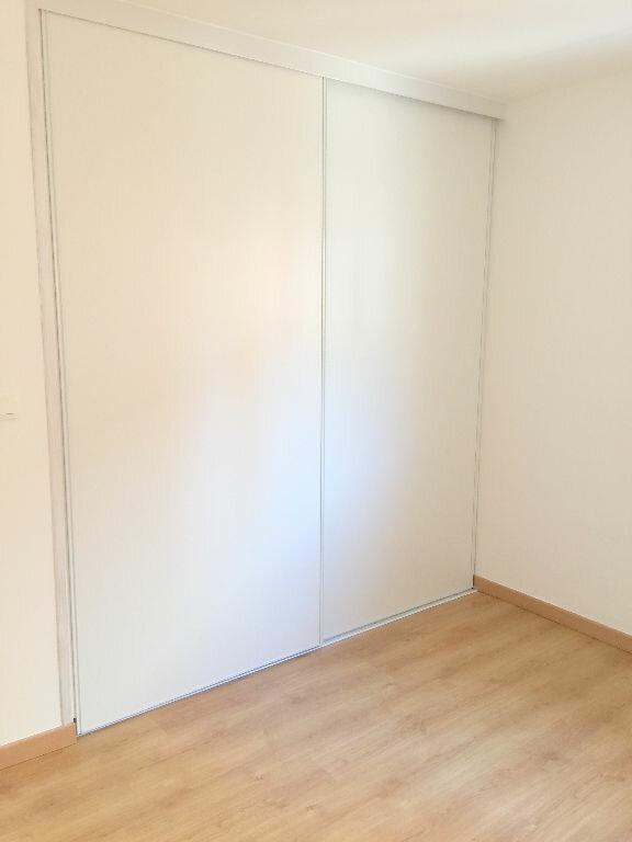 Appartement à louer 3 85.43m2 à Perros-Guirec vignette-10