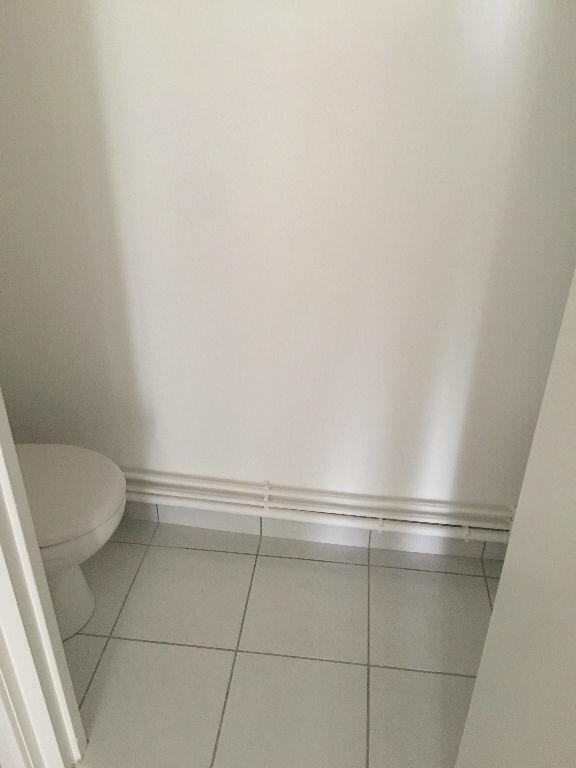 Appartement à louer 3 85.43m2 à Perros-Guirec vignette-13