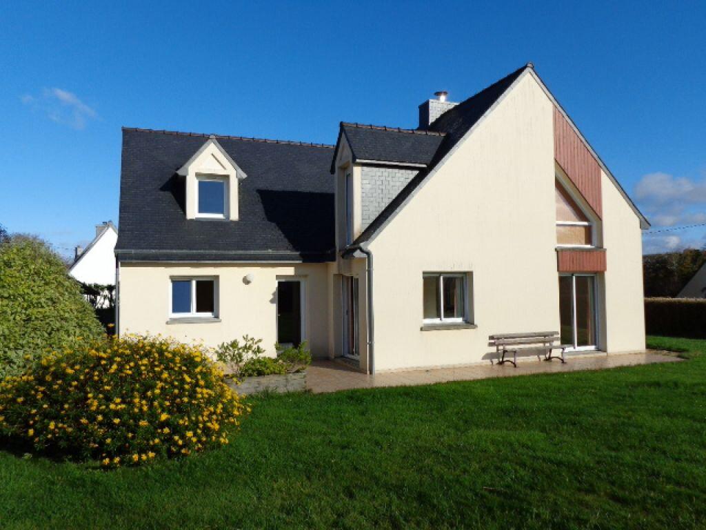 Maison à vendre 6 170m2 à Louannec vignette-1